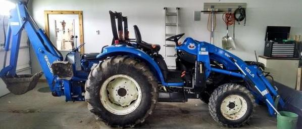 New Holland Tractor with backhoe